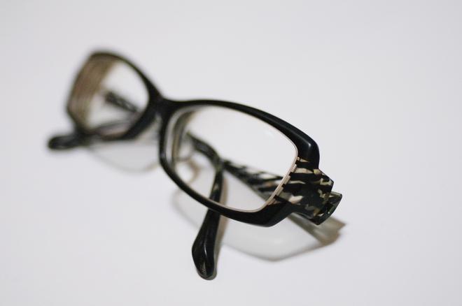 眼鏡01.jpg